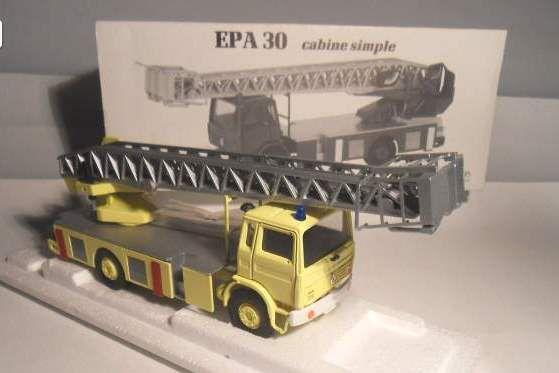 Les camions de pompiers de chez Cef-Replex... (par Fréderic R.)