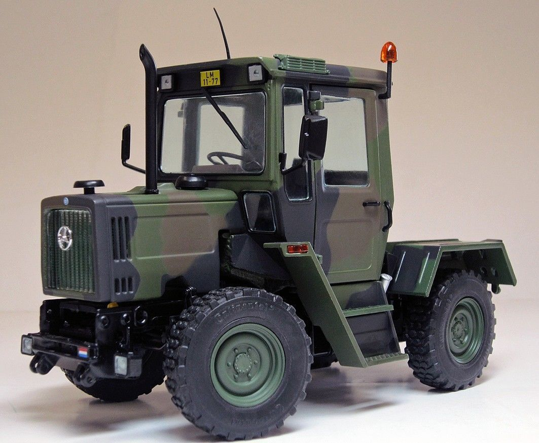Tracteur Mercedes MB-trac 700 K (W440) au 1/32 (Weise Toys)