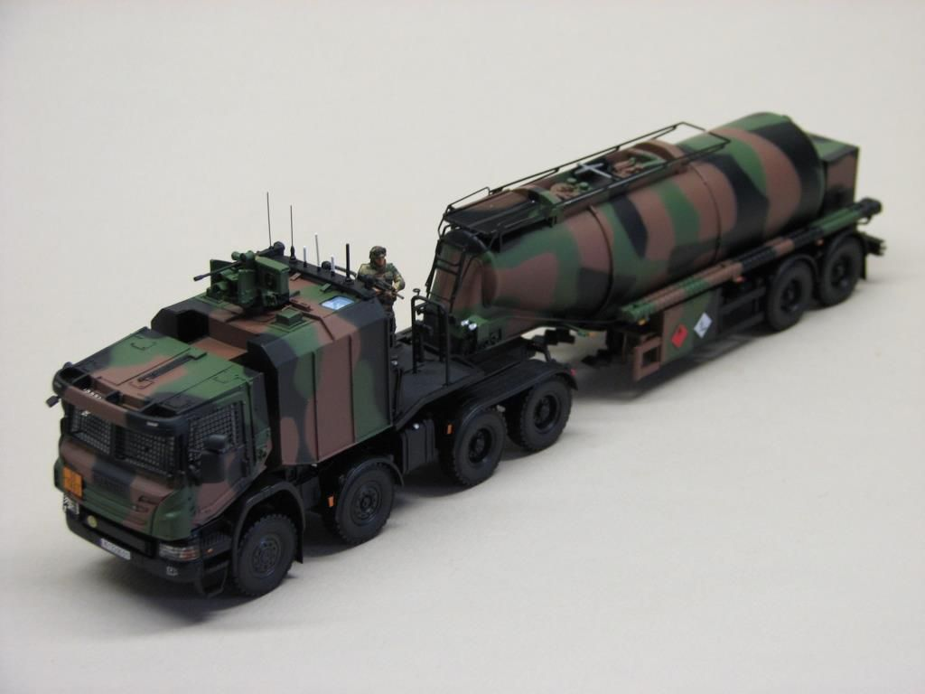 Camion citerne Scania CaRaPACE au 1/48 (Master Fighter)