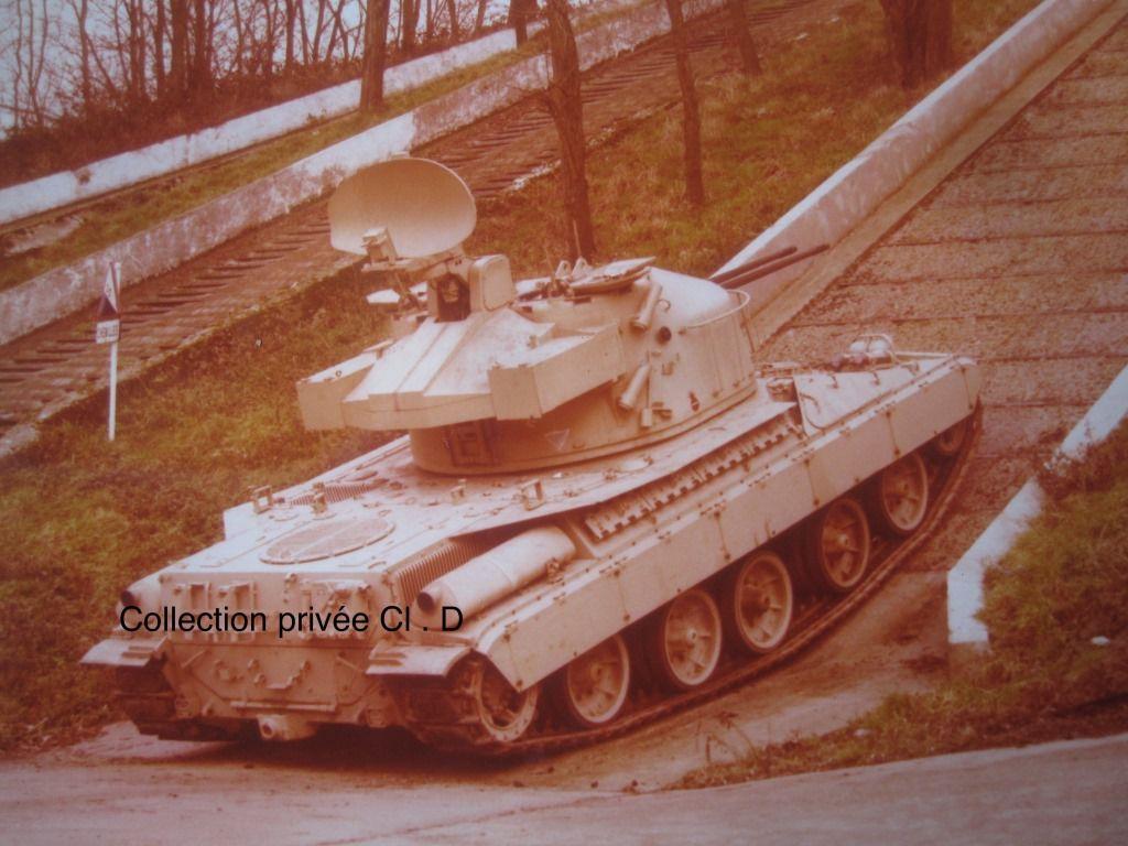 Collector : tourelle Sabre sur AMX 30 anti-aérien et AMX-10 RAA au  1/32 (par Jérôme)