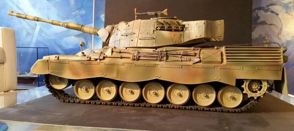 Collector : Leopard 1 A5 au 1:10