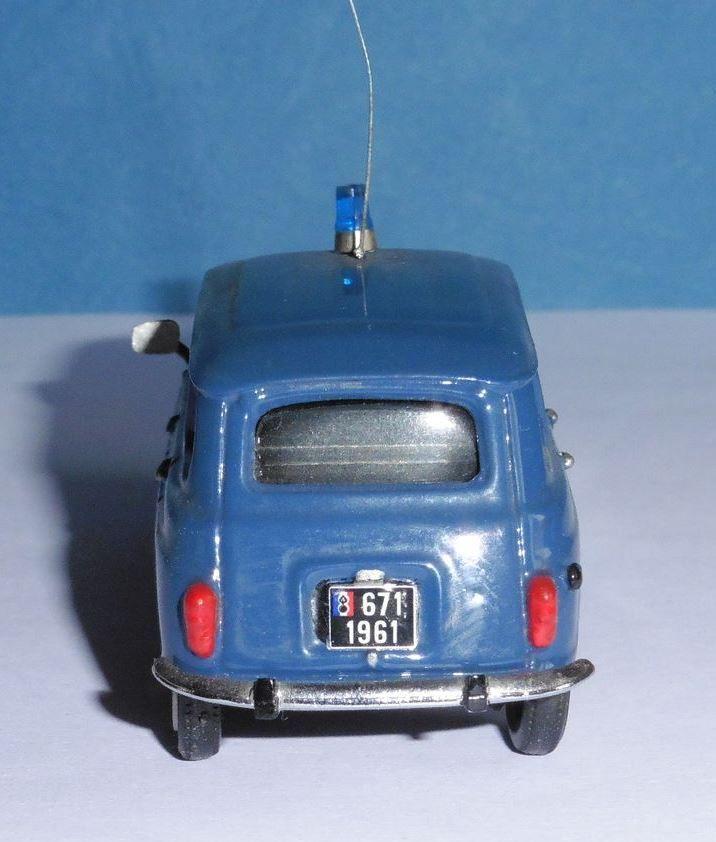 Collector : Renault 4 TL Gendarmerie au 1/43 (MVI)