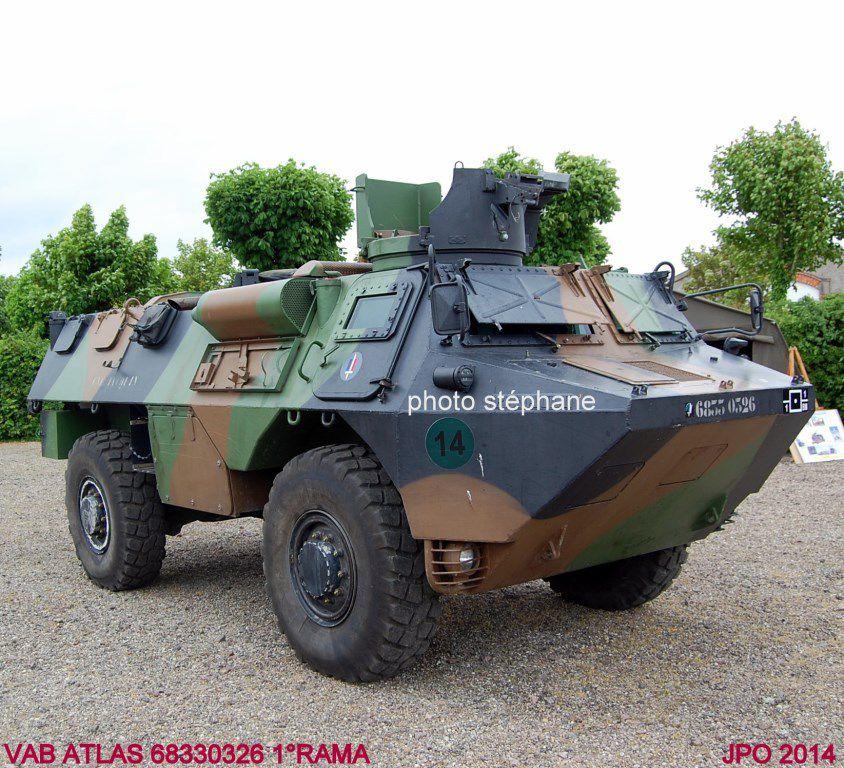 VAB ATLAS (Automatisation des Tirs et Liaisons Sol-sol pour l'artillerie)  du 1er Régiment d'Artillerie de Marine
