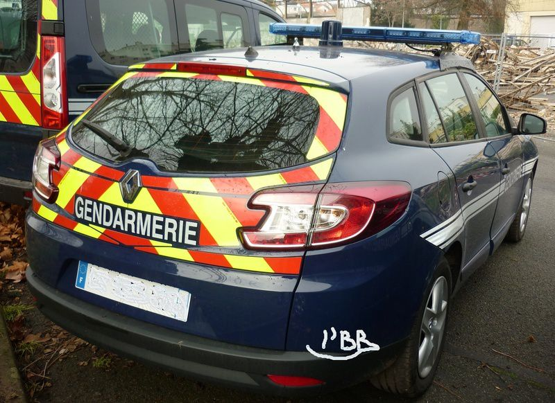 Véhicules&amp&#x3B;matériels : Renault Mégane III Estate Gendarmerie