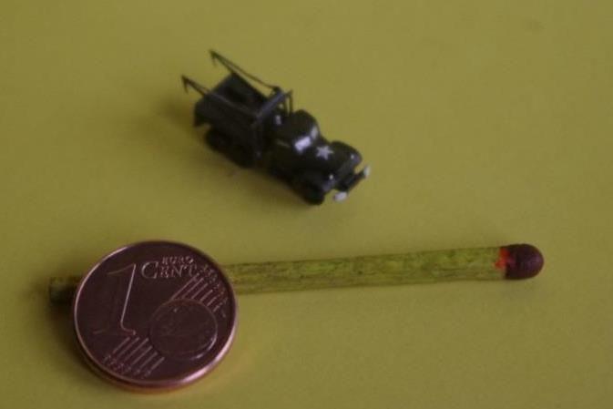 Curiosité : DIAMOND T969 dépanneur lourd au 1/350 (par Jean-Pierre B.)