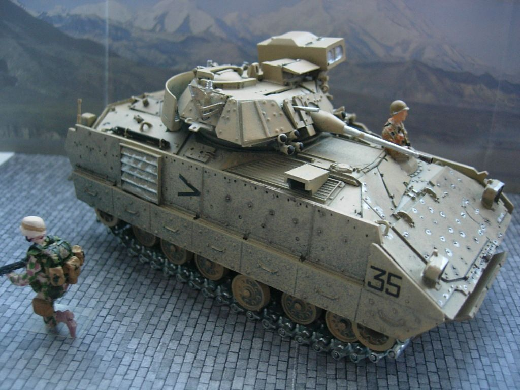 Char M2A2 Bradley