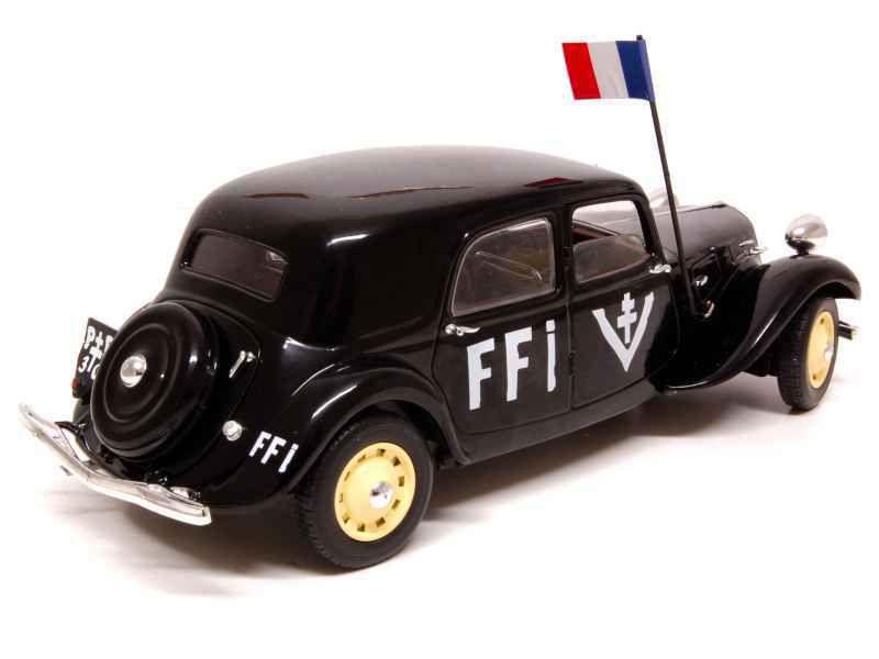 Traction 11B FFI 1944  de chez Solido (réf : 421183610) - Nouveauté mi-janvier 2012 au catalogue Solido