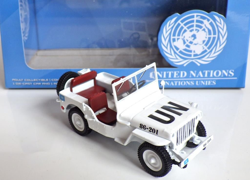 Jeep UN GREN LIGHT 1:43