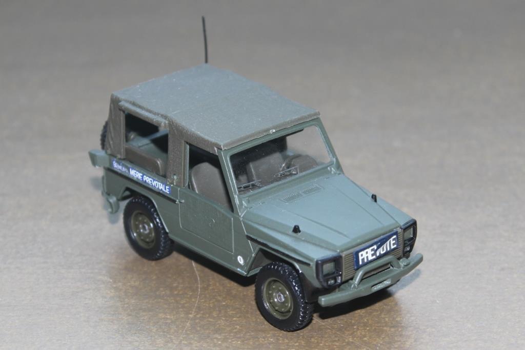 Peugeot P4 Solido au 1:43 avec ajout décals Gendarmerie prvôtale
