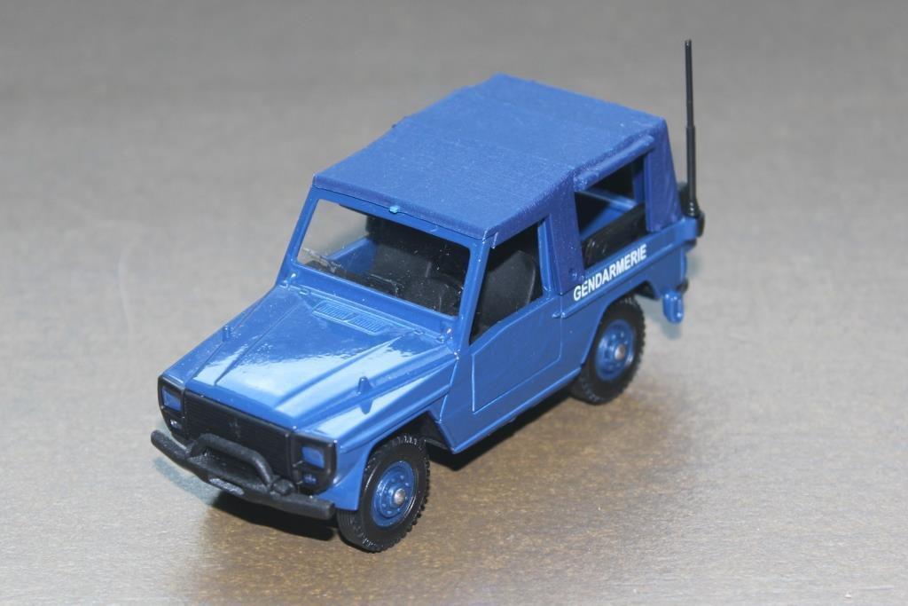 Peugeot P4 Verel au 1/43 en déco Gendarmerie