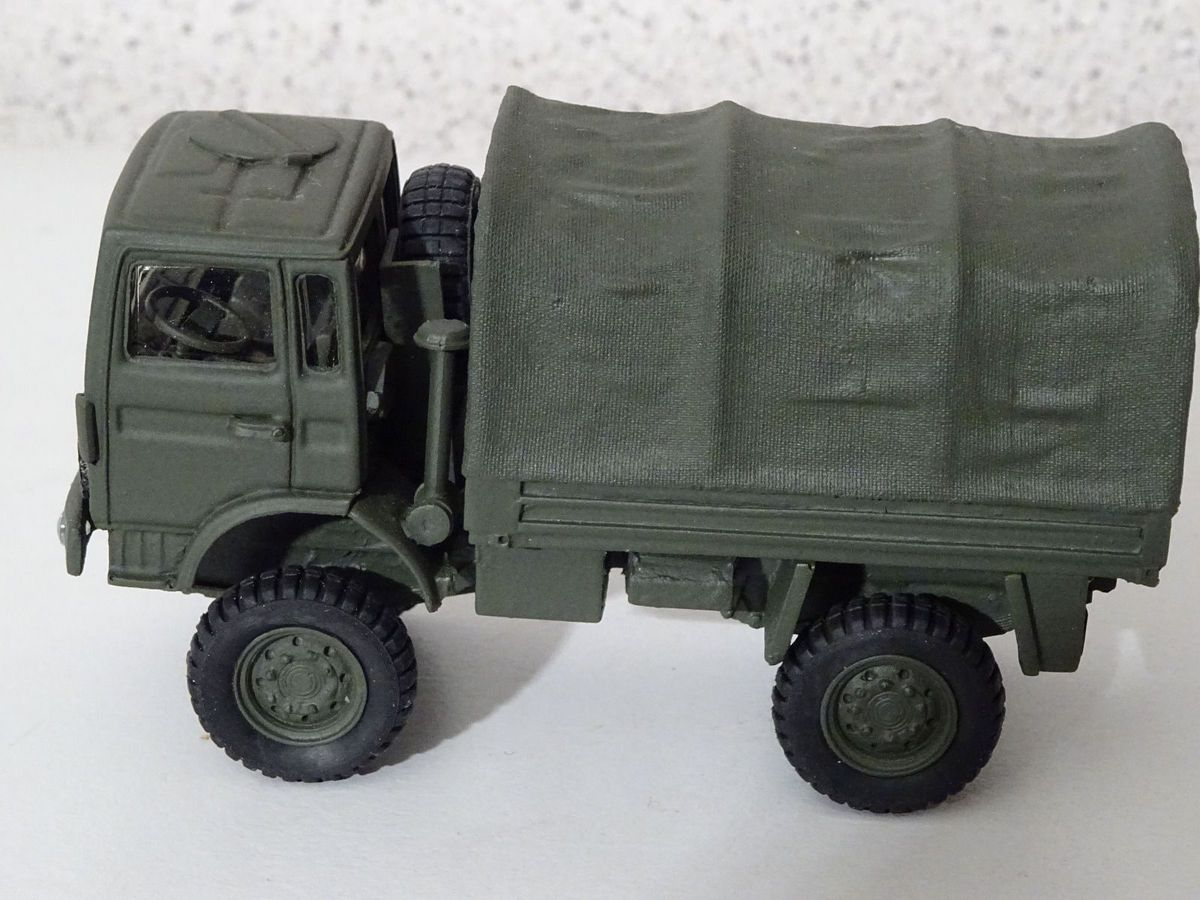 Collector militaire : TRM 2000 au 1/50 (MVI Force)
