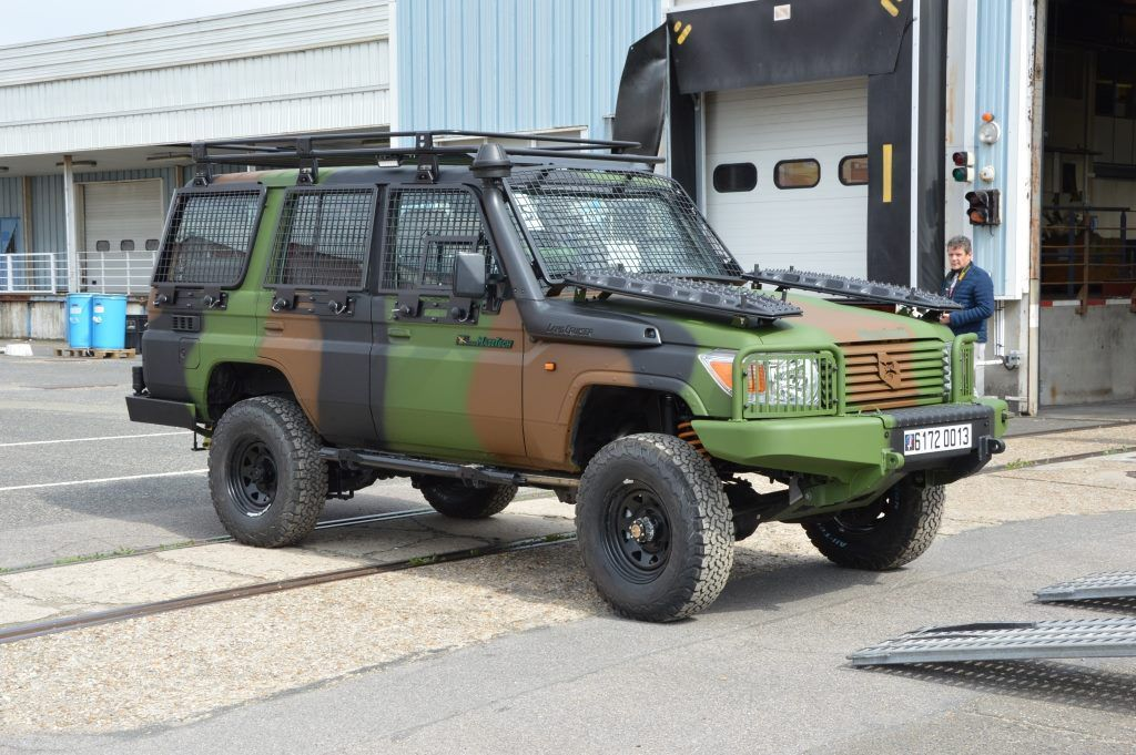 Véhicule&amp&#x3B;matériels : le Toyota Land Cruiser (Masstech)
