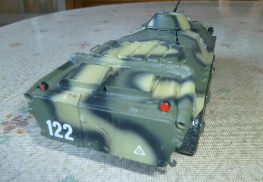 BTR 70 au 1:43 de chez Scale (par Hervé C.)