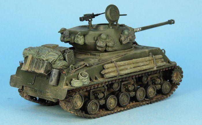 Sherman M4A3E8 FURY au 1:48 (par Elodie)