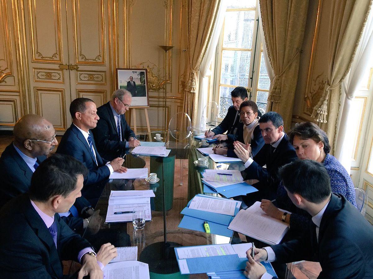 Le président de la CTG à Paris