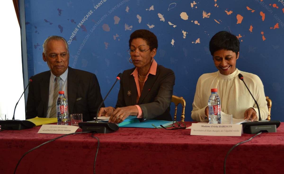 Victorin Lurel, George Pau-Langevin et Ericka Bareigts au ministère des Outre-mer le 15 mars