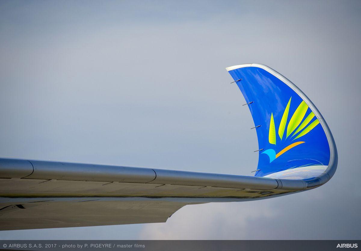 Le nouvel airbus A 350 XBW dans le ciel d'Air Caraïbes