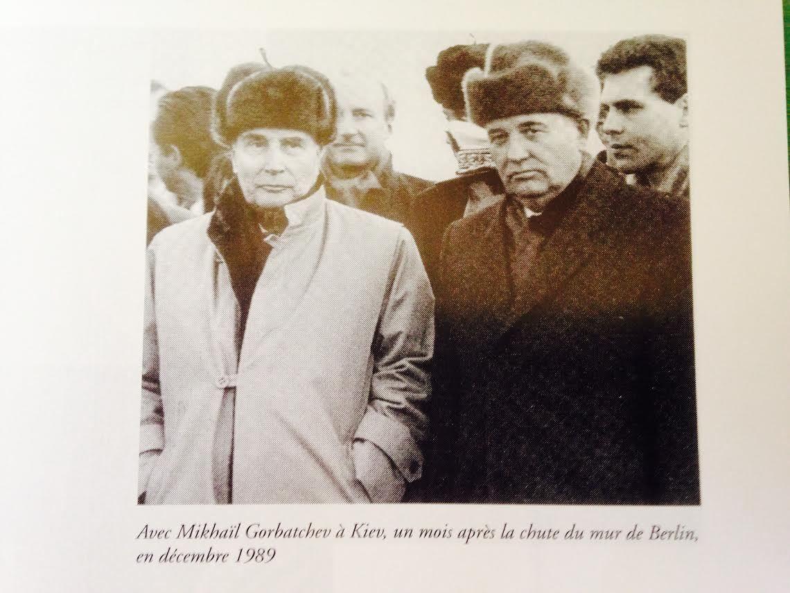 « Les paysans s'en foutent, les transports sont désorganisés, les fonctionnaires paresseux et incompétents… », Gorbatchev à Tchernenko le 21 juin 1984 devant Mitterrand
