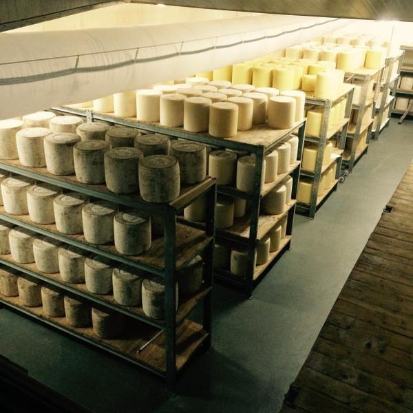La méthode André Valadier, avec Jeune Montagne à Laguiole, est-elle duplicable pour régler les soucis des producteurs de lait ?