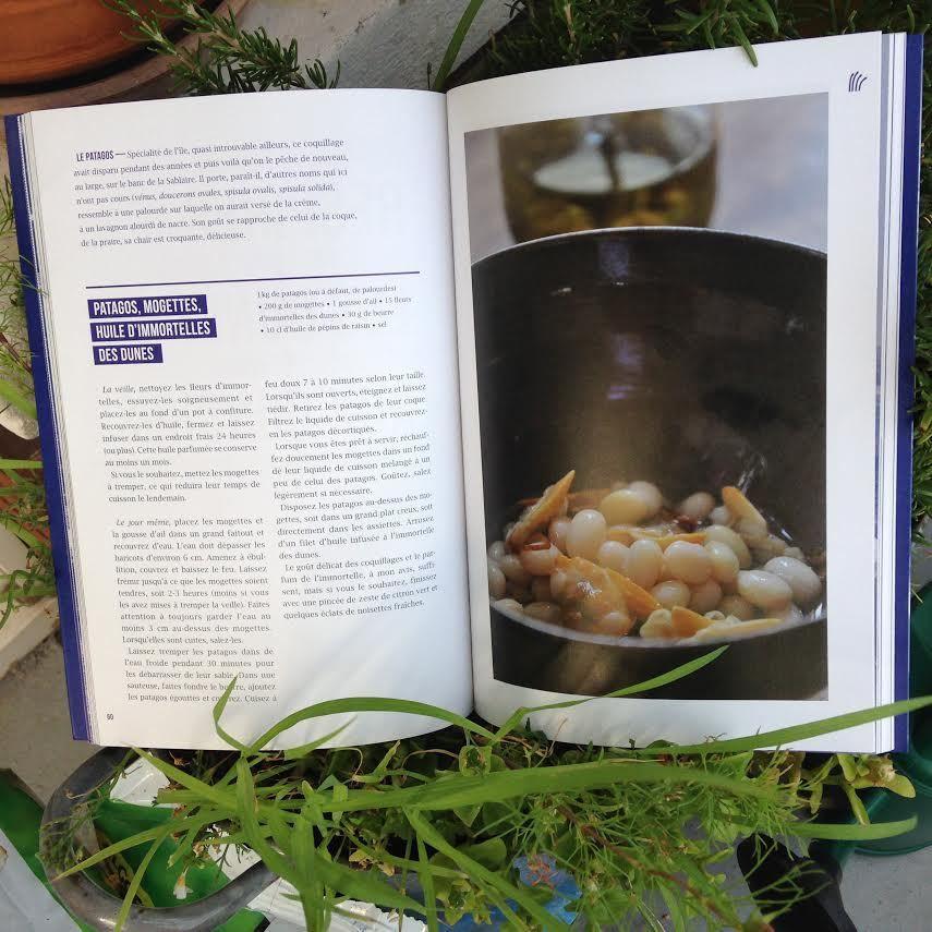 Yeu à la bouche John Paul Carmona le Joe Louis de la cuisine enchante patagos&amp&#x3B;mogettes avec l'huile d'immortelles  d'Insula Oya