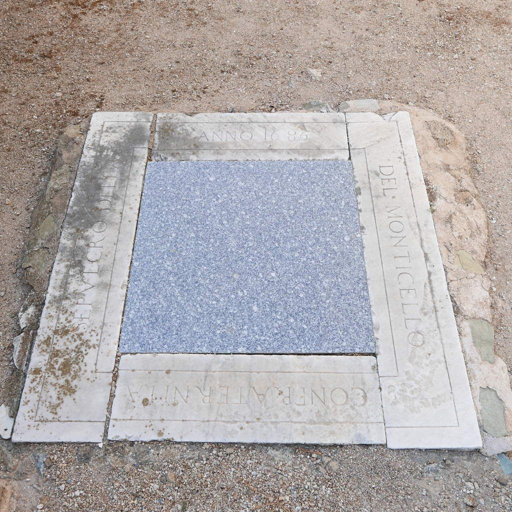 Ma supplique pour être enterré dans le cimetière sur les hauts de Monticello…