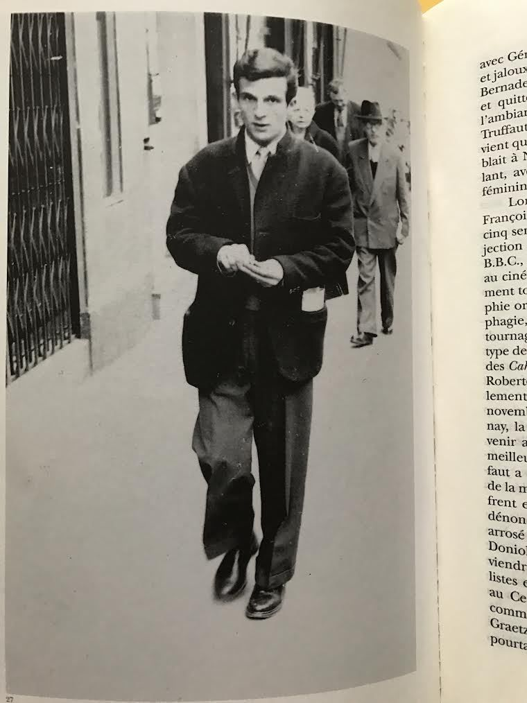 Les seuls critiques qui soient passés à la postérité : les jeunes turcs des Cahiers du cinéma  François Truffaut le chef de bande en tête !
