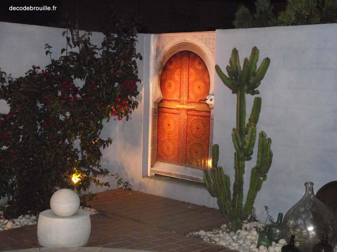 Une porte en trompe l'oeil