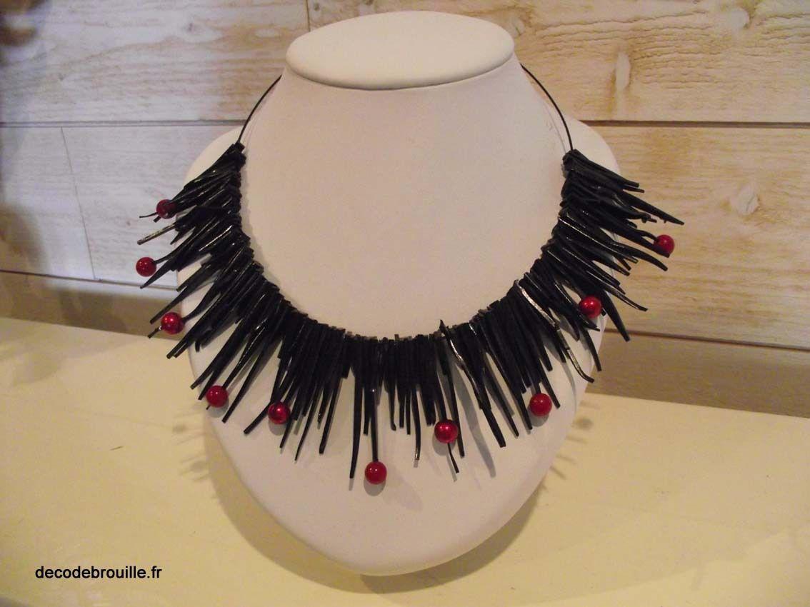 Fabriquer des bijoux avec du plastique fou (noir)