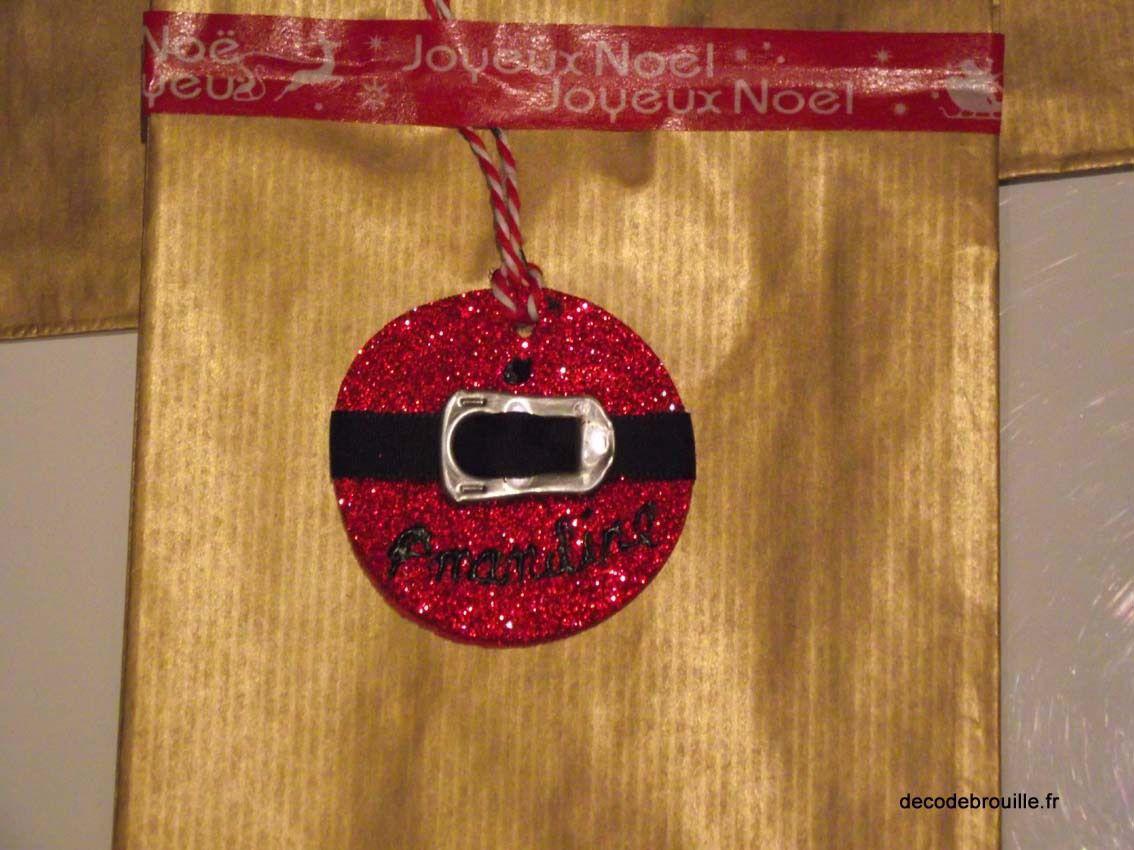 Fabriquer des étiquettes pour les cadeaux de Noël