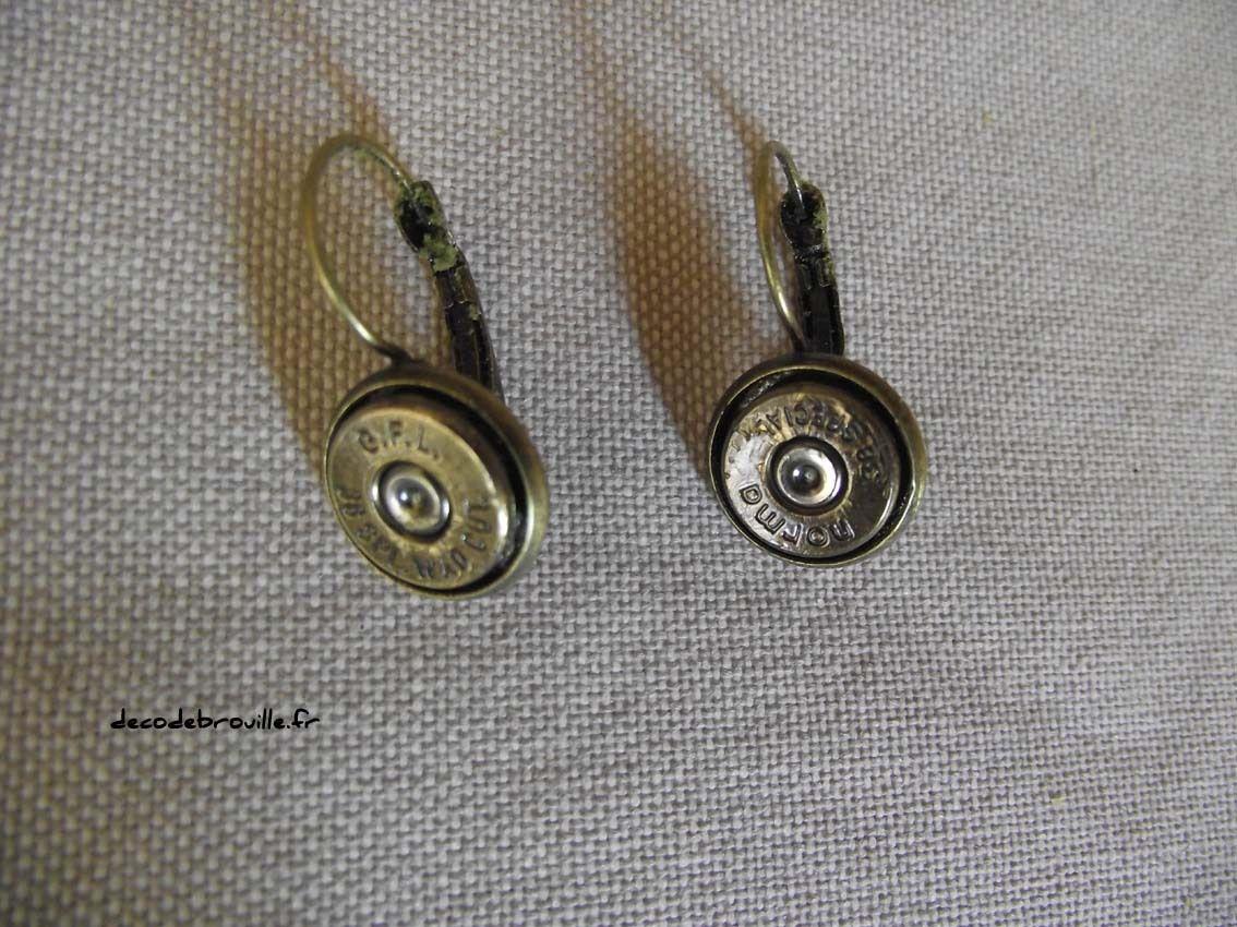 Des bijoux avec des balles