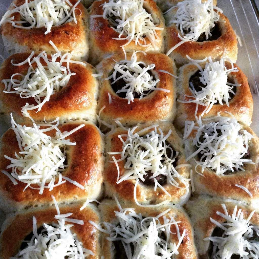 Des petits pains à la viande
