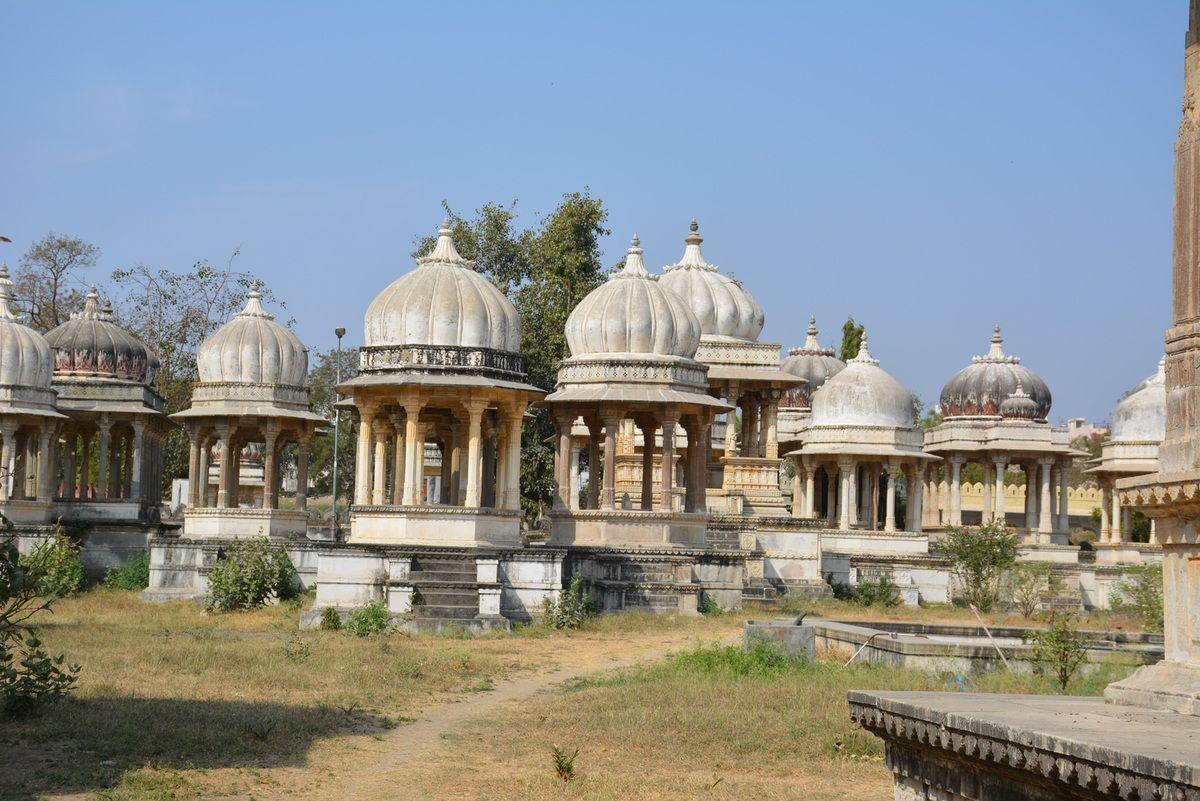 Cénotaphes des mahârâjas du Mewâr à Ahar - Udaipur