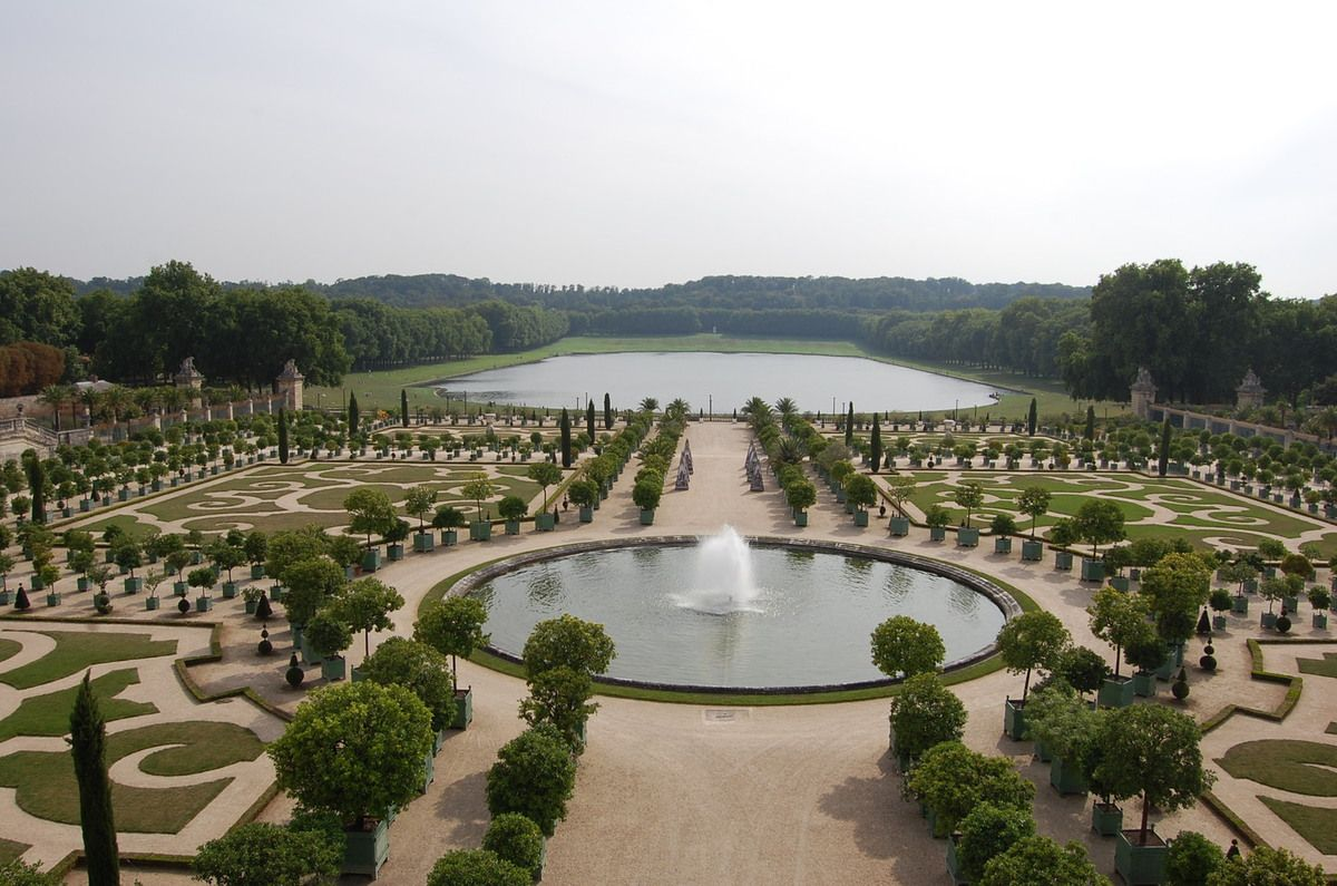 Paris ville d 39 art et de culture lankaart for Architecte paysagiste versailles