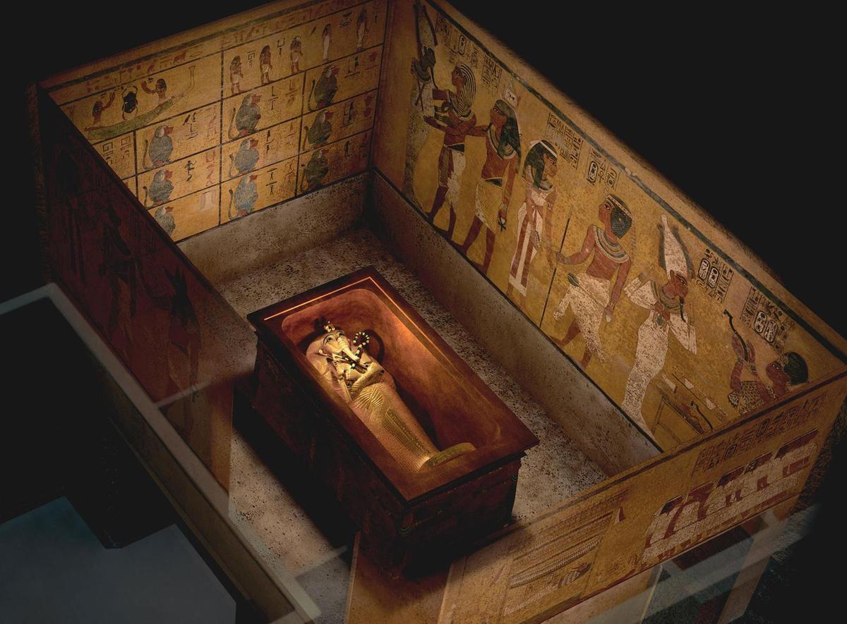 L 39 arche d 39 alliance sacr e cach e dans la grande pyramide for Interieur pyramide