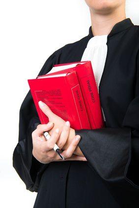 Quand doit-on prendre un avocat ?