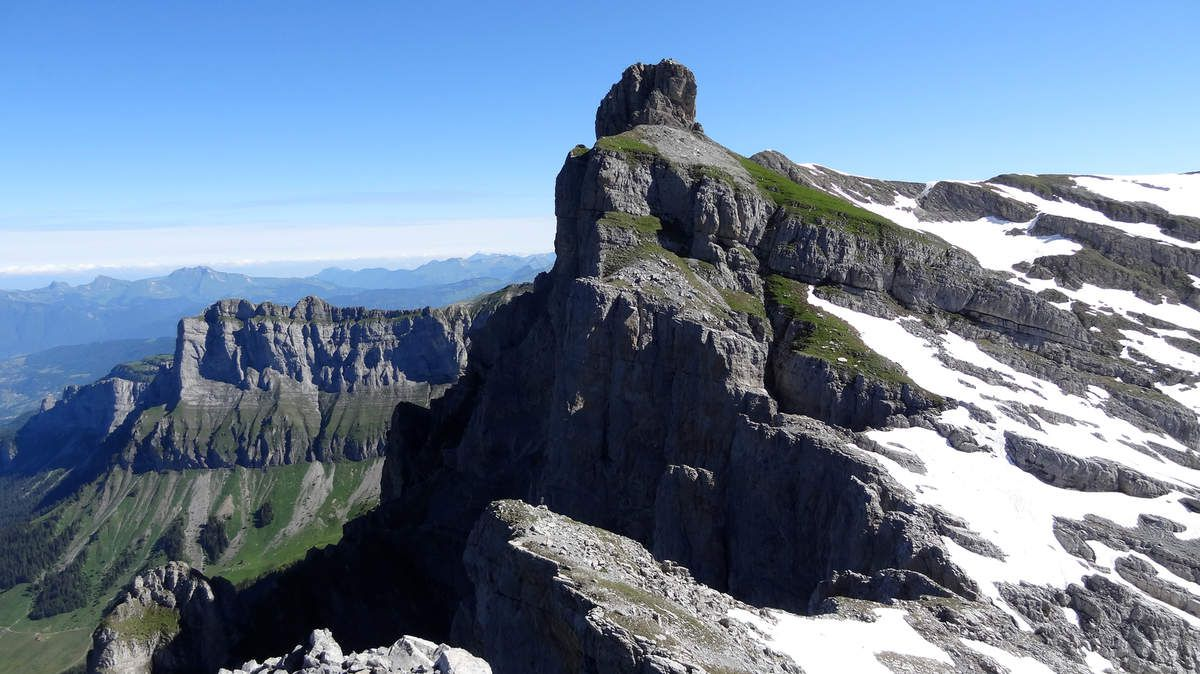 Aiguille Grise de Varan (2 544m)