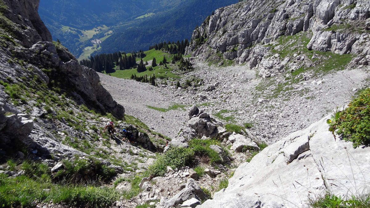 Montée au Col de l'Encrenaz