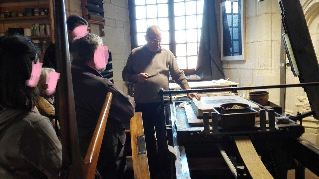Alain MENEGON - Exposition Animaux papier et bois à Marnay au Château -  jusqu'au 8 mars 2015
