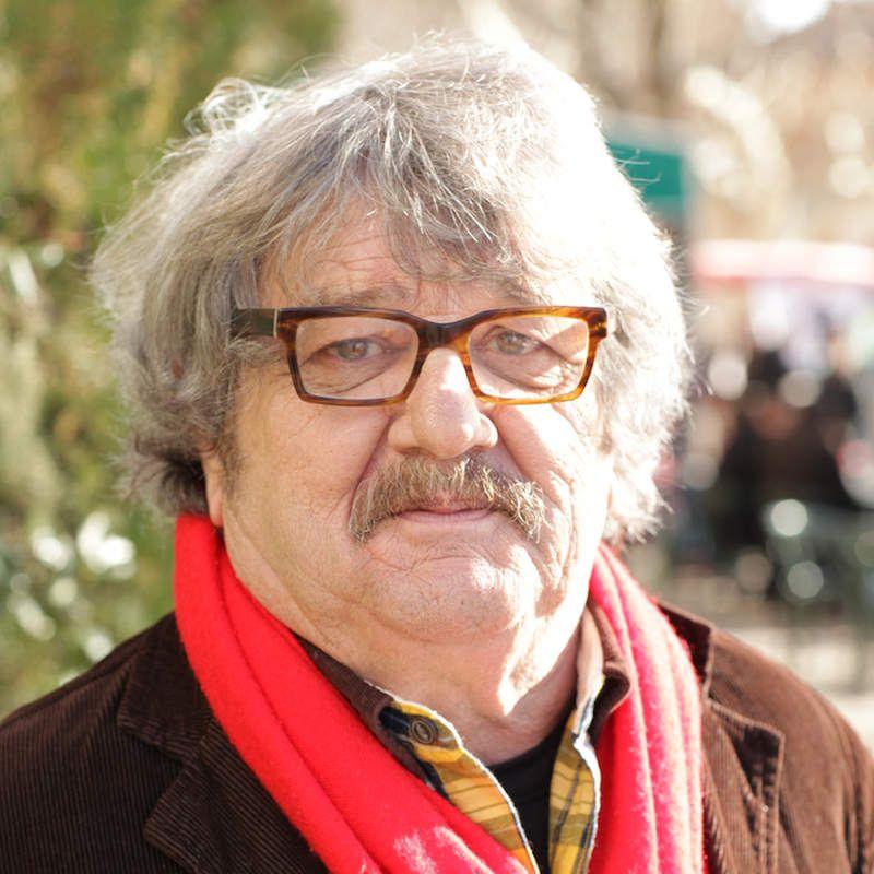 Jacques Giachetto, l'homme à l'écharpe rouge.