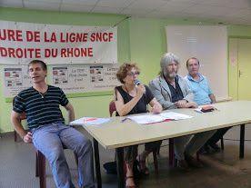 François Jacquart entre Laurette Bastaroli et Gérard Pédro maire de Remoulins