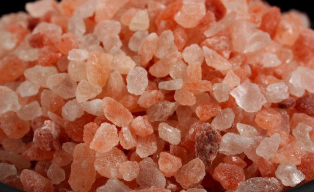 Pink Salt Scrub for Normal to Dry Skyn