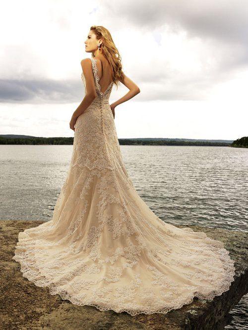Robes de mariées parfaites pour la plage !
