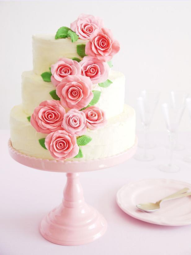 idées de mariage : réaliser un gâteau enterrement vie de jeune fille