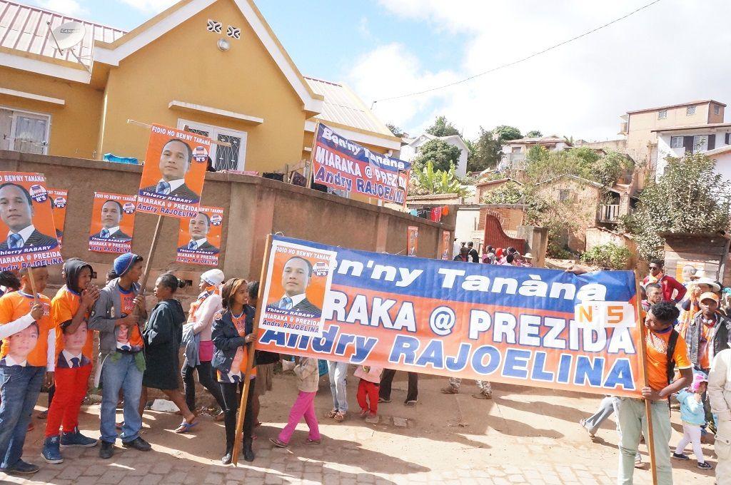 Thierry Rabary candidat MAPAR N°5 à Alasora - 18 juillet 2015-