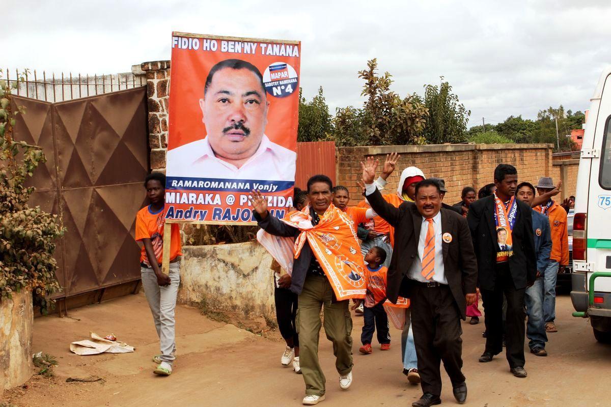 Vonjy Ramaromanana Candidat MAPAR N° 4 Sabotsy Namehana - Photos du 19 juillet 2015