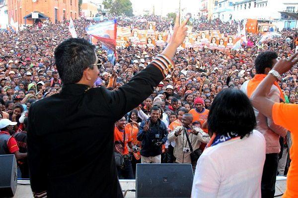 Andry Rajoelina à Fianarantsoa, le 24 juillet 2015. RAZ-DE-MAREE HUMAIN !