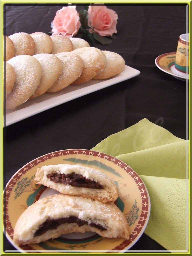Biscuits galettes fourrés chocolat...