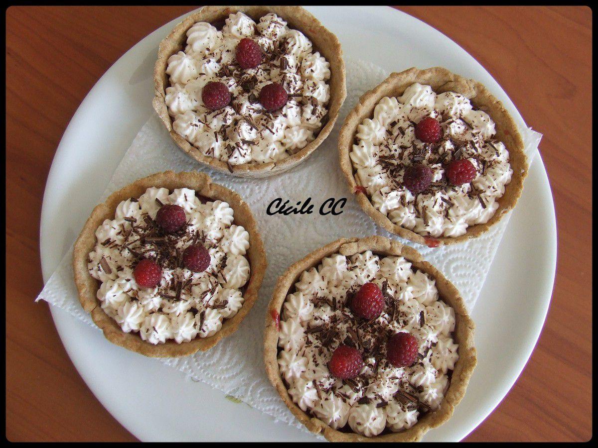 Tartelettes framboises et mousse au chocolat blanc