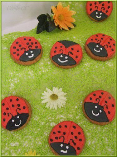Tutoriel : biscuits coccinelles...
