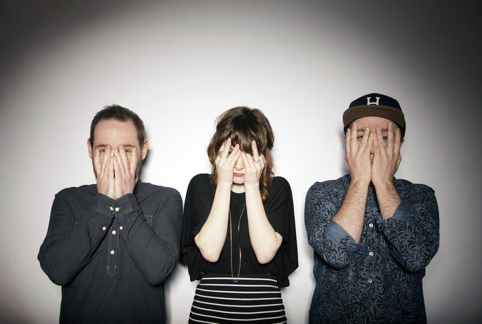 VIDEO / CHVRCHES COVER JUSTIN TIMBERLAKE's &quot&#x3B;CRY ME A RIVER&quot&#x3B;